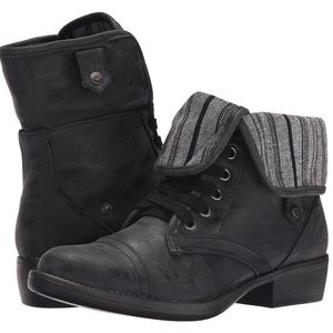 RocketDog rocket dog black striped fold-over boots
